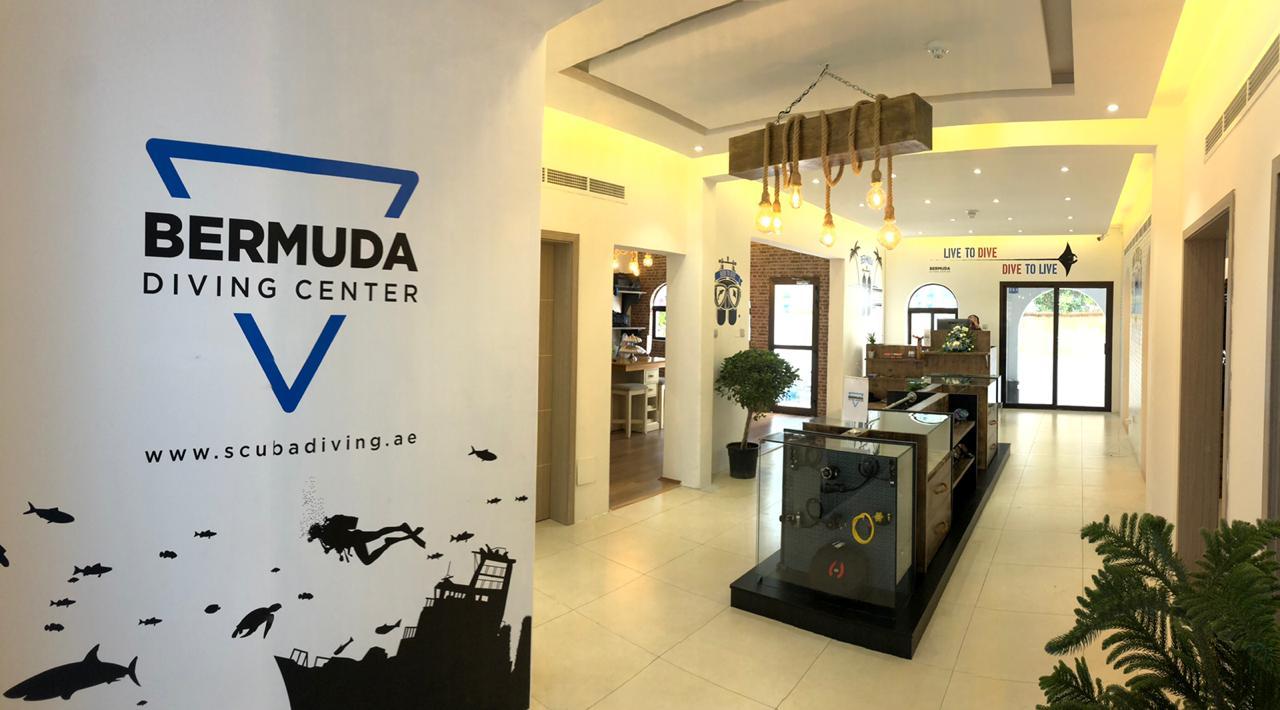 Scuba Dive Dubai Tour